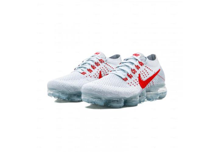 Женские кроссовки Nike Air Vapormax Flyknit  (белый)